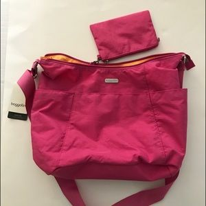 Baggallini pink hobo tote crossbody bag NEW